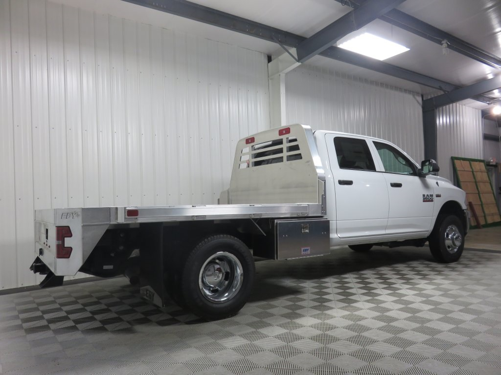 2018 Ram 3500 Crew Cab DRW 4x4 Platform Body #830320 - photo 2