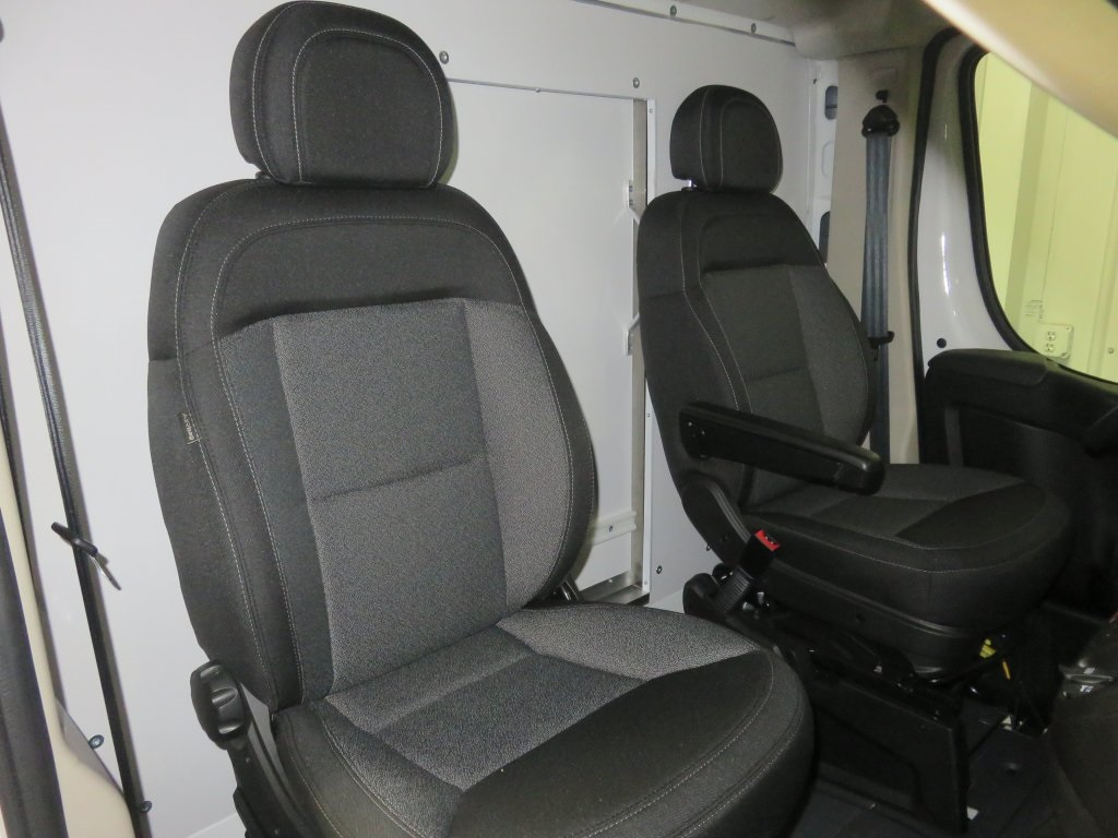 2018 ProMaster 3500 Cutaway Van #830360 - photo 23