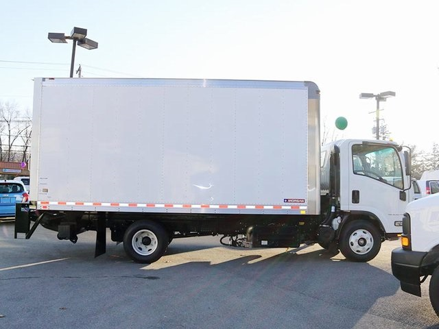 2017 LCF 4500HD Regular Cab, Dry Freight #G4343 - photo 3