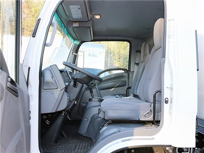 2017 LCF 4500HD Regular Cab Dry Freight #G4343 - photo 4