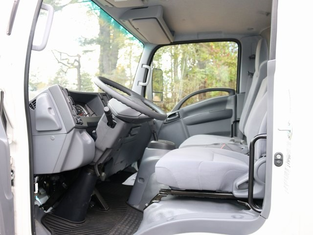 2018 LCF 4500HD Regular Cab,  Supreme Dry Freight #G5360 - photo 4