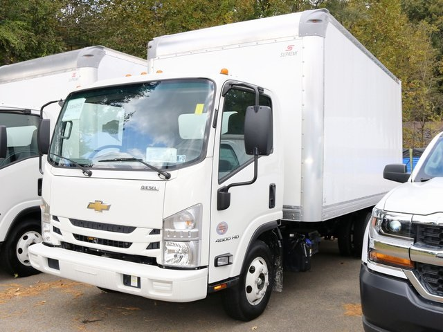 2018 LCF 4500HD Regular Cab,  Supreme Signature Van Dry Freight #G5365 - photo 1