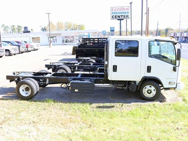 2018 Chevrolet LCF 4500HD Crew Cab DRW 4x2, Cab Chassis #G5460 - photo 1