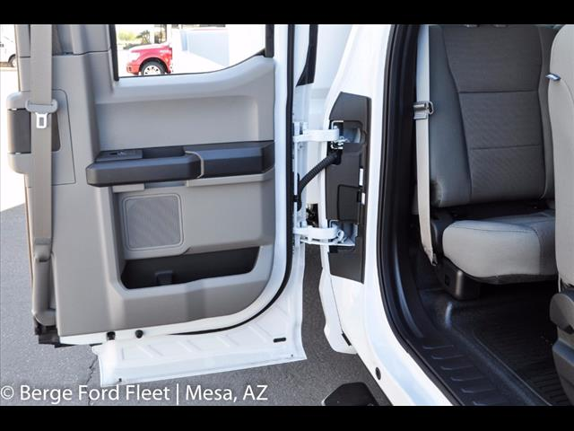 2017 F-550 Super Cab DRW, Crysteel Dump Body #17P162 - photo 34