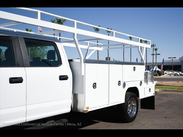 2017 F-550 Crew Cab DRW, Harbor Combo Body #17P270 - photo 11