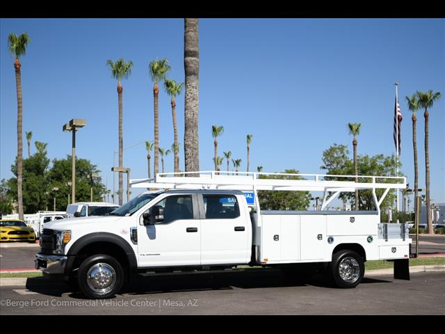 2017 F-550 Crew Cab DRW, Harbor Combo Body #17P270 - photo 3
