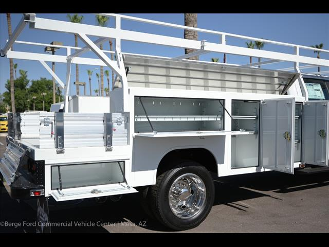 2017 F-550 Crew Cab DRW, Harbor Combo Body #17P270 - photo 24