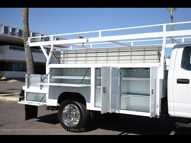 2017 F-550 Crew Cab DRW, Harbor Combo Body #17P270 - photo 26