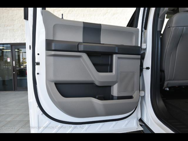 2017 F-550 Crew Cab DRW, Harbor Combo Body #17P270 - photo 56