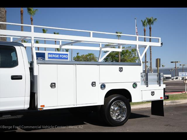 2017 F-550 Crew Cab DRW, Harbor Combo Body #17P270 - photo 7