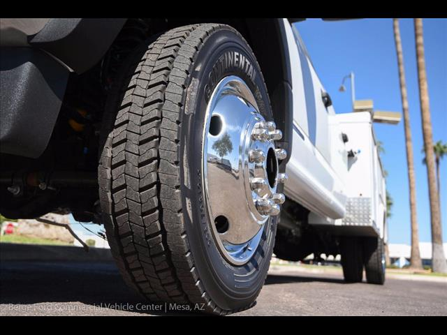 2017 F-550 Crew Cab DRW 4x4, Royal Service Body #17P376 - photo 10