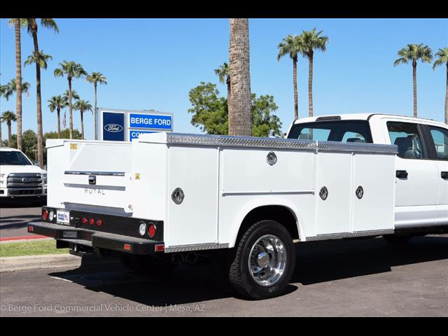 2017 F-550 Crew Cab DRW 4x4, Royal Service Body #17P376 - photo 14