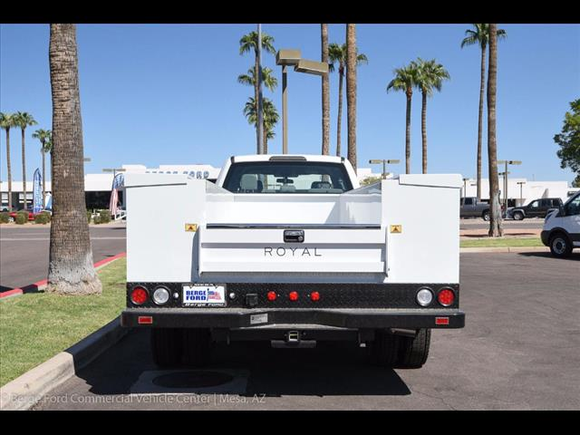 2017 F-550 Crew Cab DRW 4x4, Royal Service Body #17P376 - photo 18