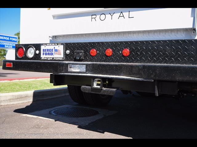 2017 F-550 Crew Cab DRW 4x4, Royal Service Body #17P376 - photo 19