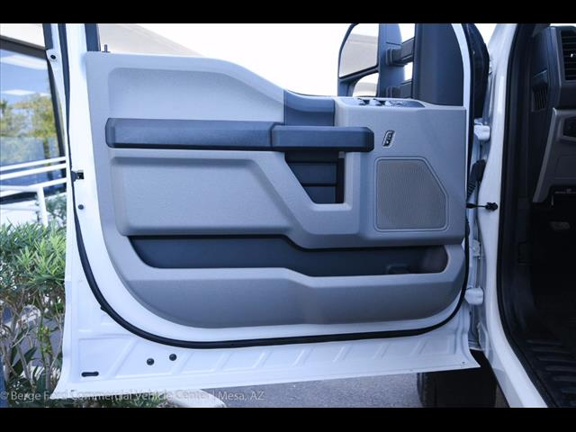 2017 F-550 Crew Cab DRW 4x4, Royal Service Body #17P376 - photo 21