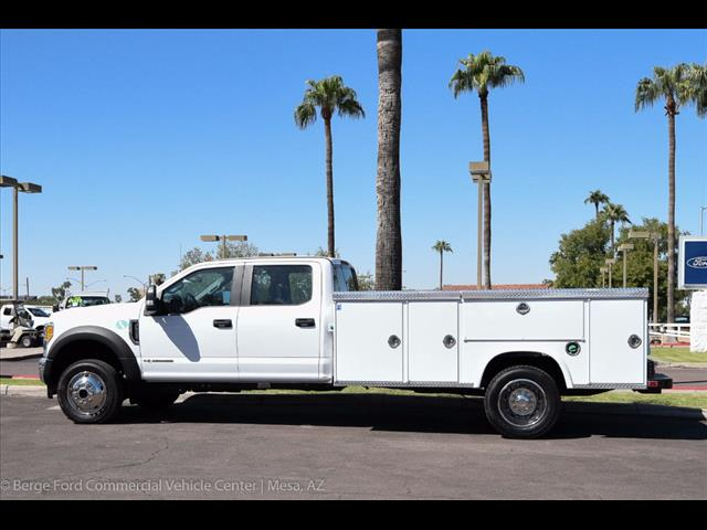 2017 F-550 Crew Cab DRW 4x4, Royal Service Body #17P376 - photo 4