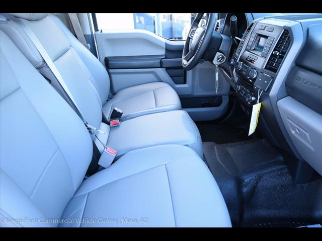 2017 F-550 Crew Cab DRW 4x4, Royal Service Body #17P376 - photo 31