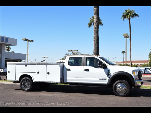 2017 F-550 Crew Cab DRW, Royal Service Body #17P411 - photo 12