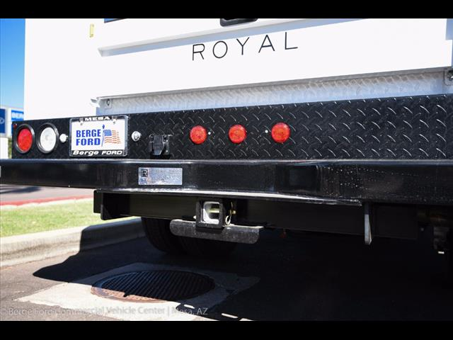 2017 F-550 Crew Cab DRW, Royal Service Body #17P411 - photo 19