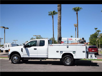 2017 F-350 Super Cab DRW 4x4, Knapheide Standard Service Body Wrecker Body #17P419 - photo 5