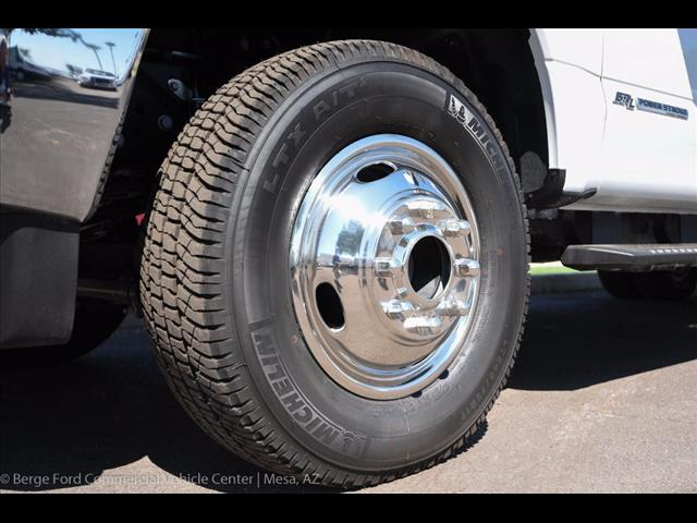 2017 F-350 Crew Cab DRW 4x4, Knapheide Service Body #17P422 - photo 15