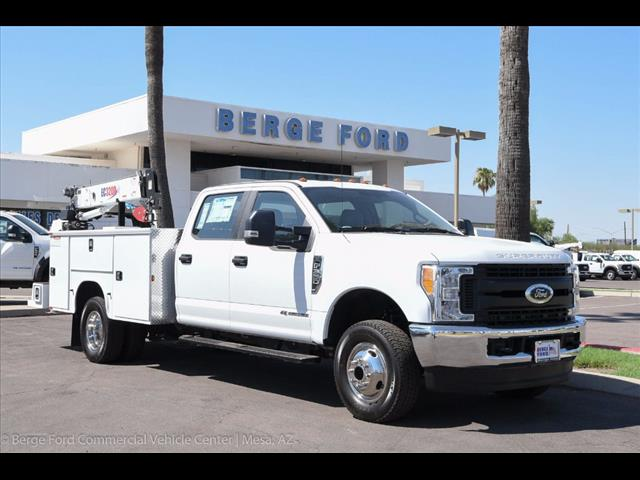 2017 F-350 Crew Cab DRW 4x4, Knapheide Service Body #17P422 - photo 17