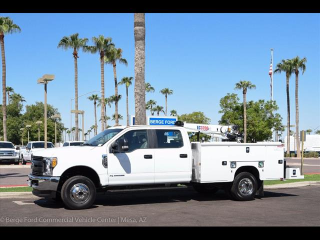 2017 F-350 Crew Cab DRW 4x4, Knapheide Service Body #17P422 - photo 3