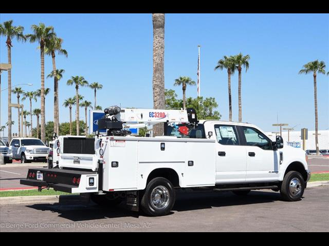 2017 F-350 Crew Cab DRW 4x4, Knapheide Service Body #17P422 - photo 20