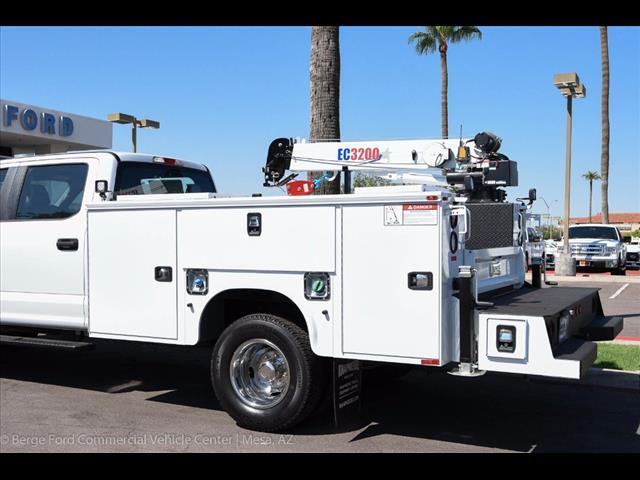 2017 F-350 Crew Cab DRW 4x4, Knapheide Service Body #17P422 - photo 6