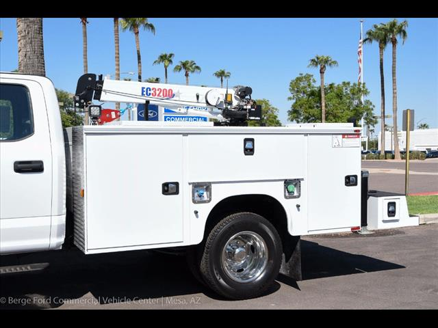 2017 F-350 Crew Cab DRW 4x4, Knapheide Service Body #17P422 - photo 7
