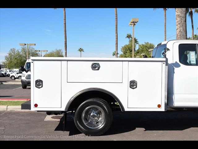 2017 F-350 Super Cab DRW 4x4, Reading Service Body #17P466 - photo 15