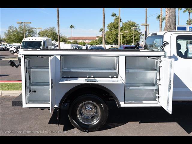 2017 F-350 Super Cab DRW 4x4, Reading Service Body #17P466 - photo 16