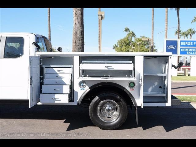 2017 F-350 Super Cab DRW 4x4, Reading Service Body #17P466 - photo 6