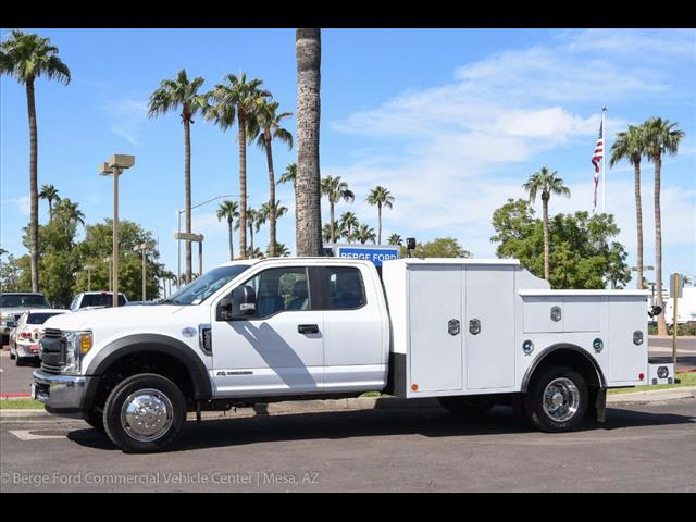 2017 F-450 Super Cab DRW, Reading Service Body #17P468 - photo 3