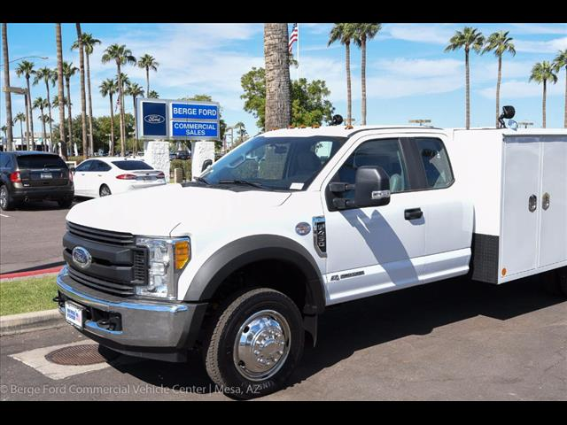 2017 F-450 Super Cab DRW, Reading Service Body #17P468 - photo 9