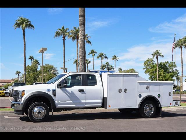 2017 F-550 Super Cab DRW 4x4, Reading Service Body #17P471 - photo 3