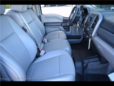 2017 F-550 Crew Cab DRW 4x4, Knapheide Value-Master X Platform Body #17P494 - photo 31