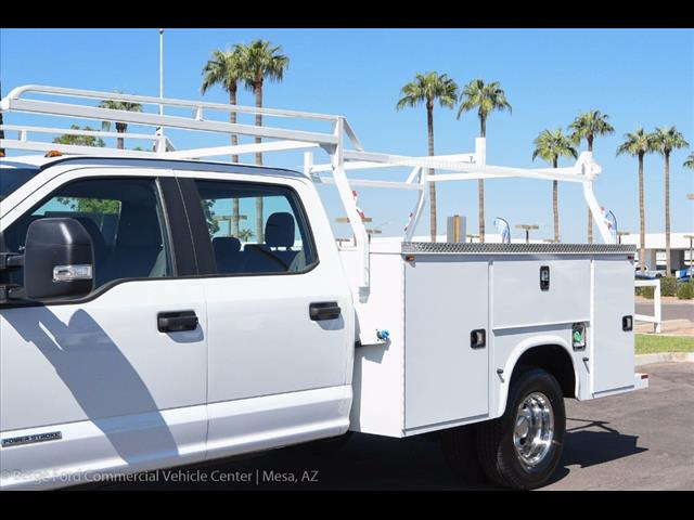 2017 F-350 Crew Cab DRW, Knapheide Service Body #17P496 - photo 11