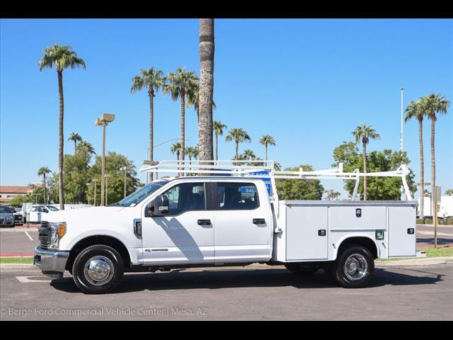 2017 F-350 Crew Cab DRW, Knapheide Service Body #17P496 - photo 3