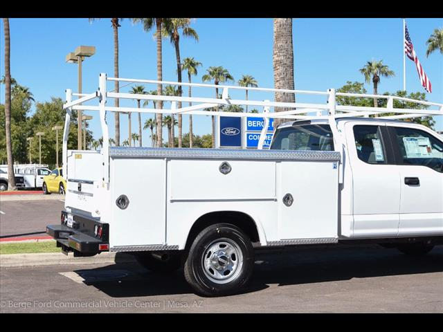 2017 F-350 Super Cab 4x4, Royal Service Bodies Service Body #17P499 - photo 15