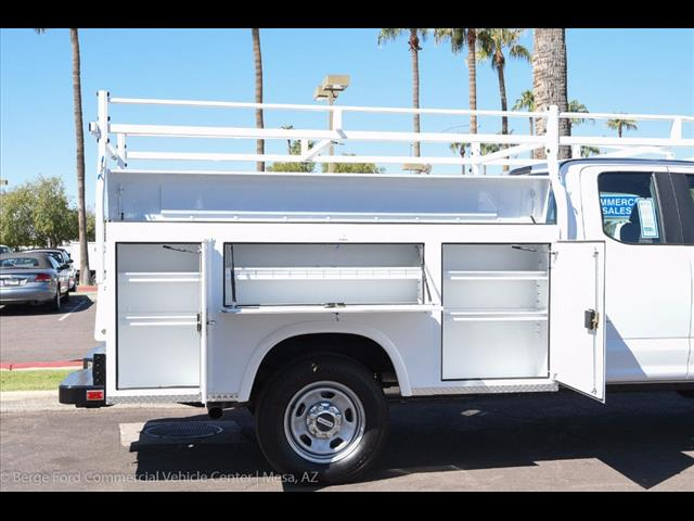 2017 F-350 Super Cab 4x4, Royal Service Bodies Service Body #17P499 - photo 16