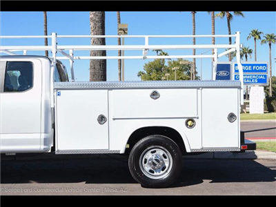 2017 F-350 Super Cab 4x4, Royal Service Bodies Service Body #17P499 - photo 5
