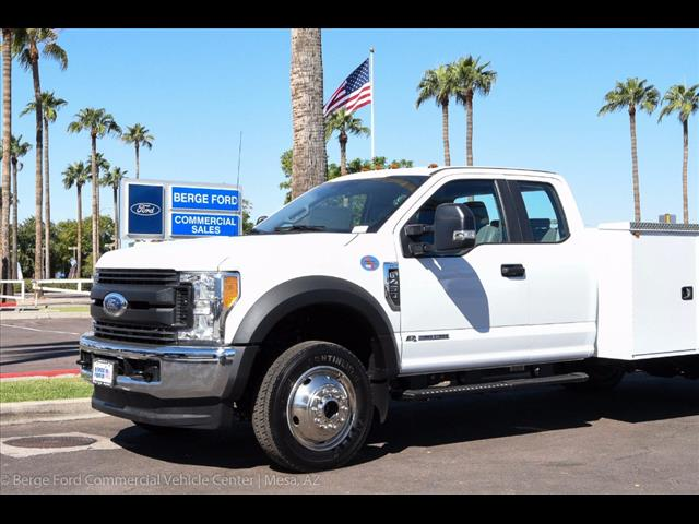 2017 F-450 Super Cab DRW 4x4, Knapheide Service Body #17P525 - photo 10