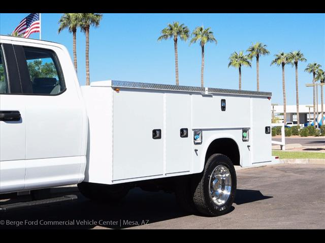 2017 F-450 Super Cab DRW 4x4, Knapheide Service Body #17P525 - photo 9
