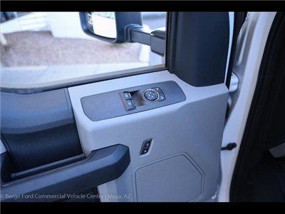 2017 F-450 Regular Cab DRW, Reading Platform Body #17P527 - photo 17