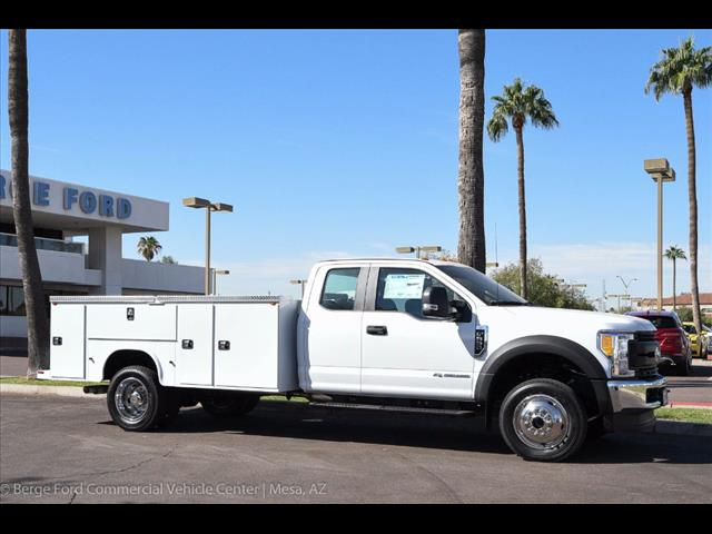 2017 F-550 Super Cab DRW 4x4 Service Body #17P551 - photo 13