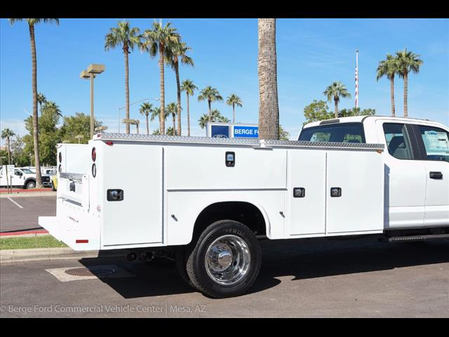 2017 F-550 Super Cab DRW 4x4 Service Body #17P551 - photo 15