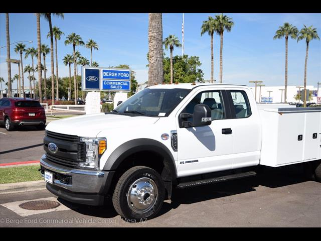 2017 F-550 Super Cab DRW 4x4 Service Body #17P551 - photo 9