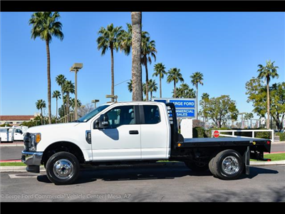 2017 F-350 Super Cab DRW 4x4, Freedom Rodeo Platform Body #17P750 - photo 3