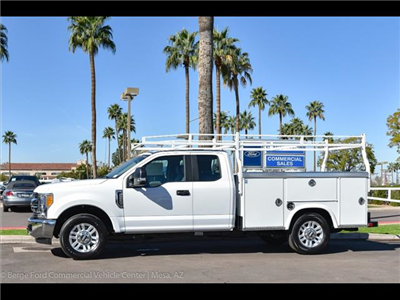 2017 F-350 Super Cab, Royal Service Bodies Service Body #17P764 - photo 3